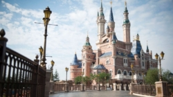 Three Tips for Surviving Shanghai Disneyland